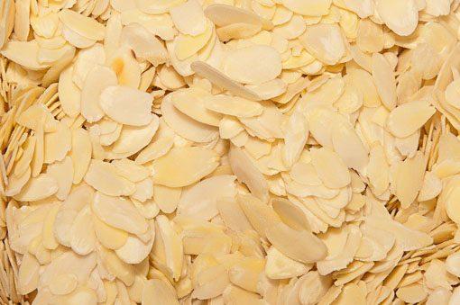 Amandelschaafsel en nog veel meer producten om zelf heerlijk te bakken vindt u bij de Notenkoning.