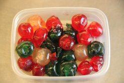 Bigarreaux (Franse vruchtjes) en nog veel meer producten om zelf heerlijk te bakken vindt u bij de Notenkoning.