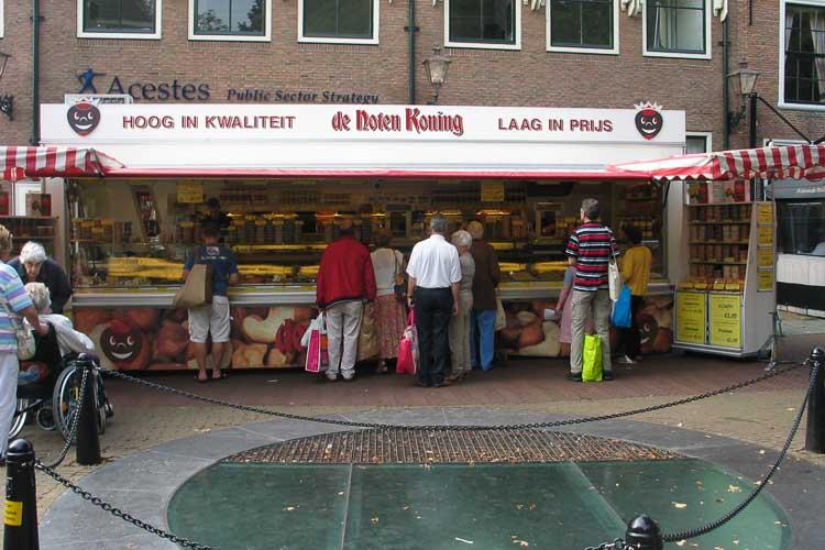 De Notenkoning op de markt in Rijswijk