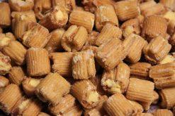 Knibbel, knabbel, knuisje, sushi cheesecrackers en nog meer soorten rijstzoutjes rijstcrackers voor uit het vuistje.